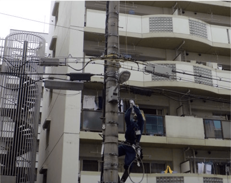関電による停電作業